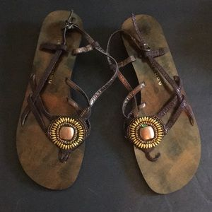 Chinese Laundry Women's Brown Strap Flat Sandals